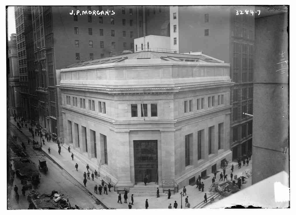JPMorgan Chase, cold weather, diversity phone calls, MBA remorse